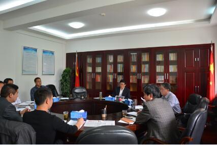 省委省直机关工委副书记于春利与工委对口扶贫点镇、村领导座谈