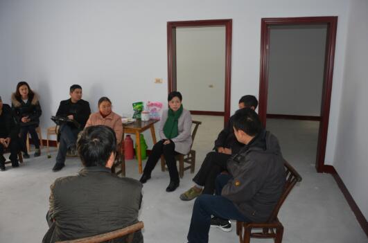 省直机关工委常务副书记郭俊苹到长阳救师口村调研精准扶贫